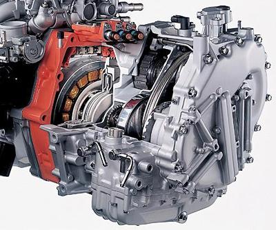 2016款汽车发动机舱结构图解